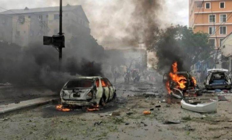 Photo of مقتل حاكم إقليم صومالي مع 3 من حراسه بتفجيرٍ انتحاريّ