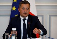 Photo of متهم بالاغتصاب.. مظاهرات في فرنسا ضد تعيين وزير الداخلية